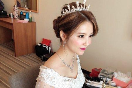 【白紗造型】華麗公主盤髮