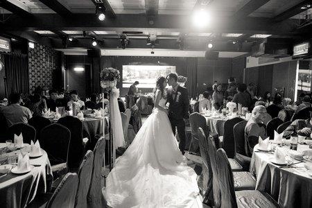 婚禮紀錄|信家 ❤ 宜翎  儷宴婚宴會館