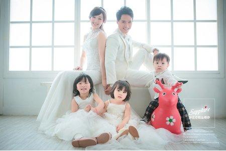 紗法亞精品婚紗Sapphire Wedding全家福