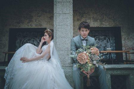 翻開一頁青和 /紗法亞精品婚紗Sapphire Wedding