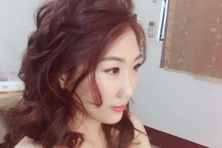 粗硬髮質的女孩也可以擁有反重力空氣感髮型