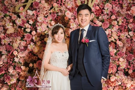 台北國賓婚佈 全版經典粉花牆