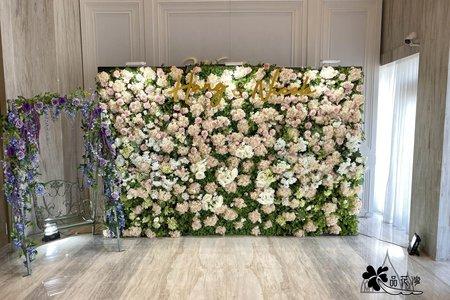 台中萊特薇庭 全版淺粉花牆