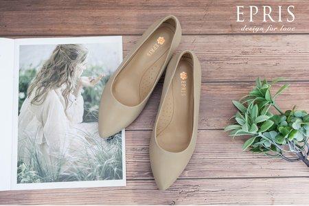 大尺碼婚鞋推薦 尖頭素面女鞋 全真皮舒適跟鞋-EPRIS艾佩絲