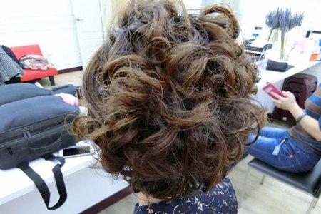 短髮髮型線條蓬鬆