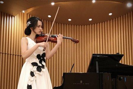 小提琴展演妝髮