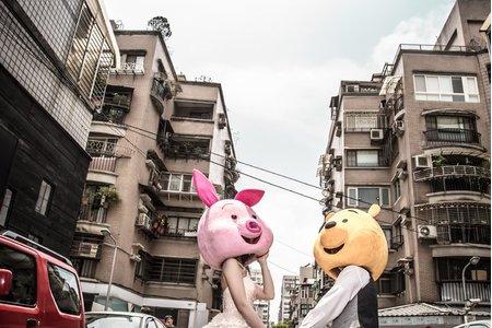 在地婚紗系列~遊戲,在都市小巷裡