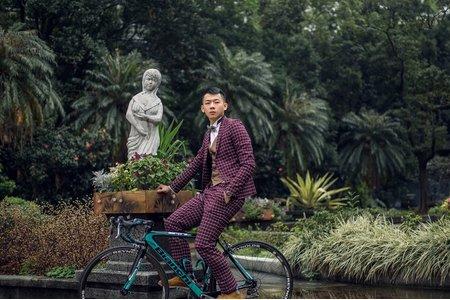 西服VS單車@伯朗諾西服