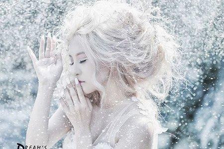 【創作。冰雪女王】
