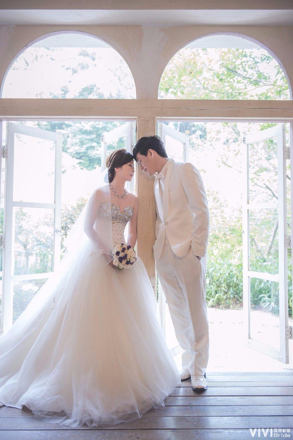 郭舒惠-薇薇新人婚紗照(台灣) - VIVI Bride 薇薇新娘 婚紗攝影《結婚吧》
