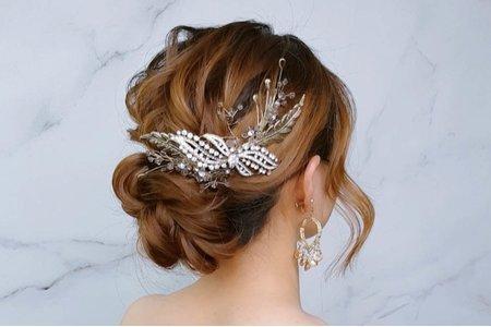 文定造型-盤髮-新娘造型/夢幻城堡彩妝造型團隊