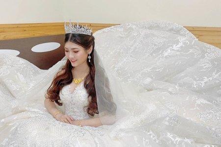 公主頭-新娘造型/夢幻城堡彩妝造型團隊