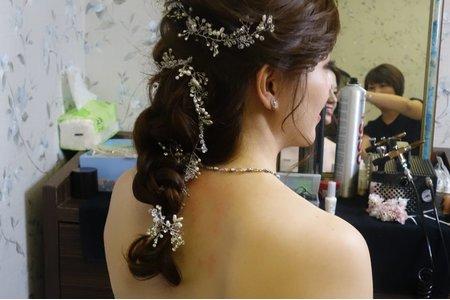 高雄新秘南部新娘秘書推薦甜美浪漫公主進場造型