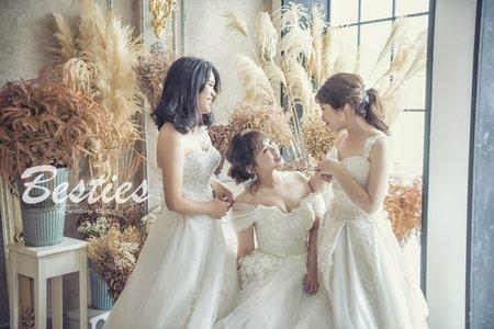 『閨蜜婚紗』最好的結婚禮物❤️閨蜜婚紗
