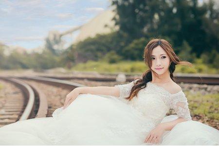 個人寫真-婚紗系鐵軌愛戀