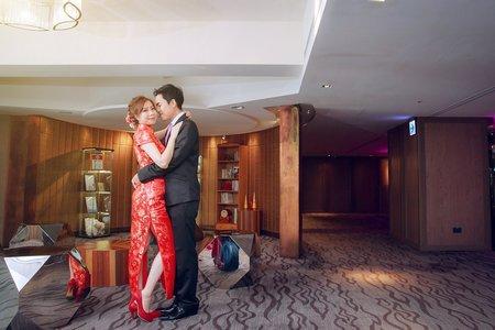 **典潁&唯依 ** 我們結婚了 (婚禮記錄)