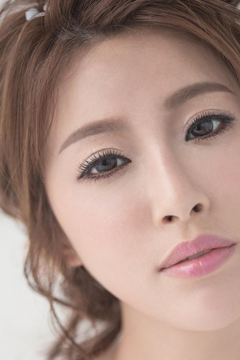 【純真精靈】低髻造型/純淨妝感-3 - iling彩妝造型 - 結婚吧