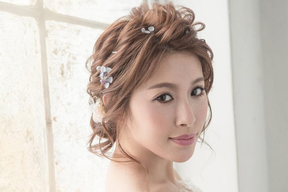 【純真精靈】低髻造型/純淨妝感-10 - iling彩妝造型 - 結婚吧