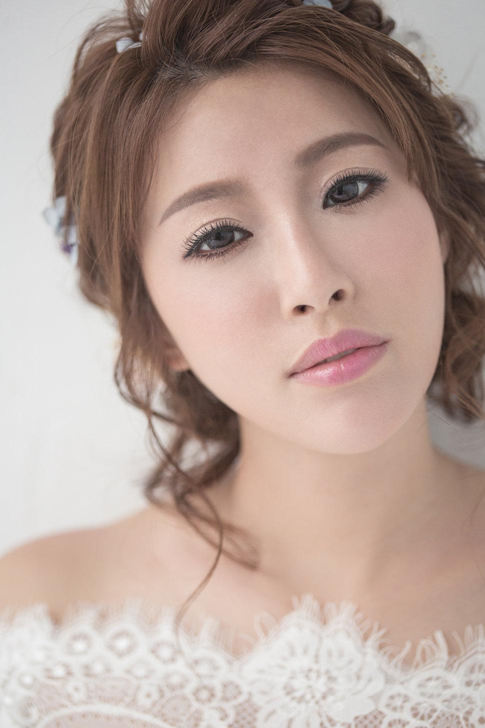 【純真精靈】低髻造型/純淨妝感-11 - iling彩妝造型 - 結婚吧