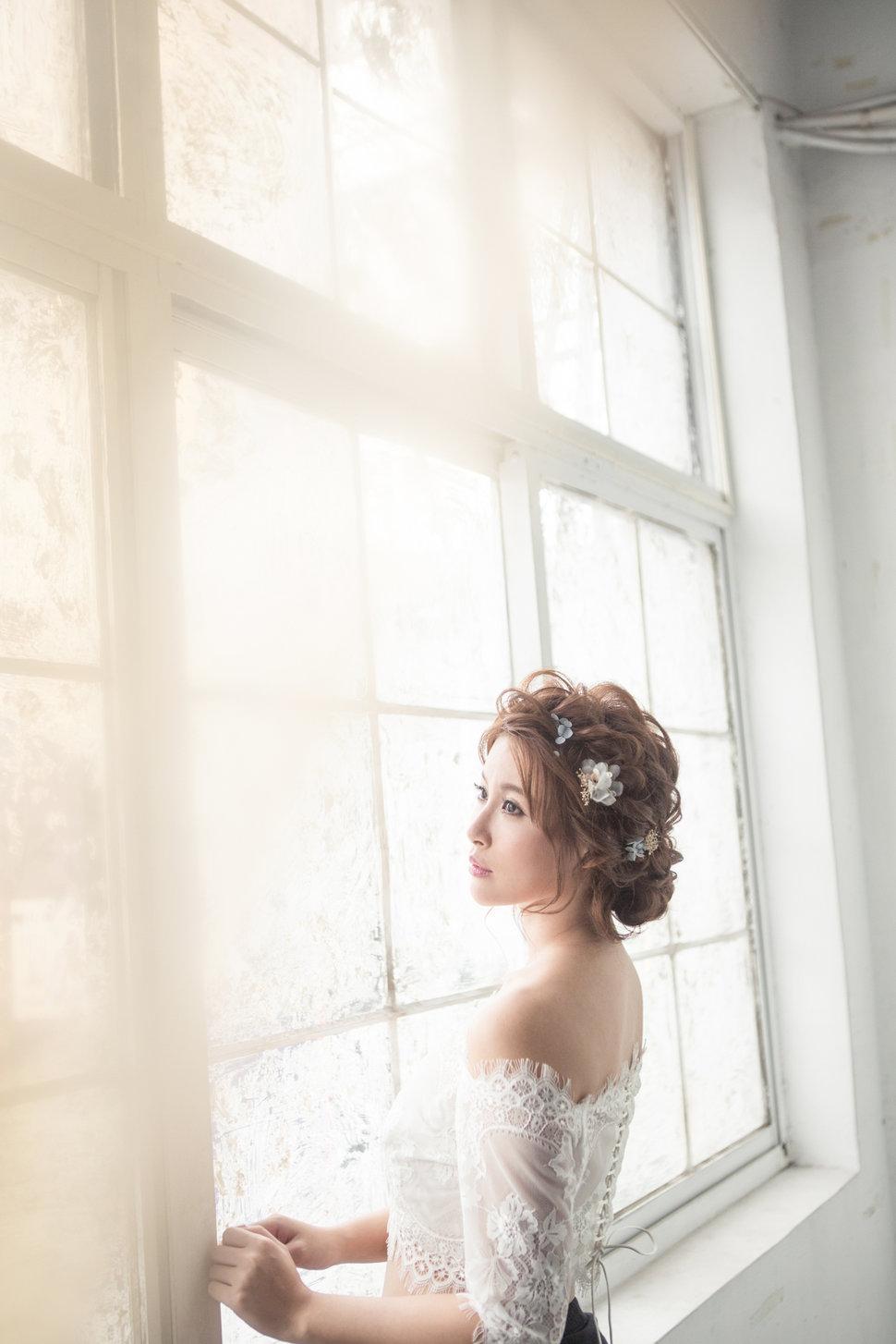 【純真精靈】低髻造型/純淨妝感-12 - iling彩妝造型 - 結婚吧
