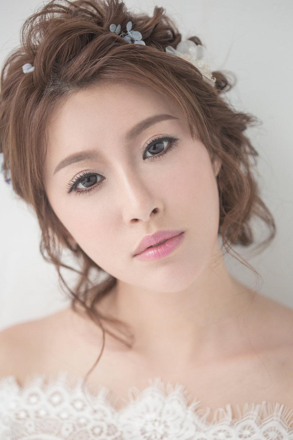 【純真精靈】低髻造型/純淨妝感-13 - iling彩妝造型 - 結婚吧