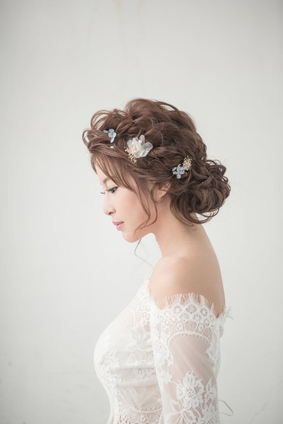 【純真精靈】低髻造型/純淨妝感-15 - iling彩妝造型 - 結婚吧