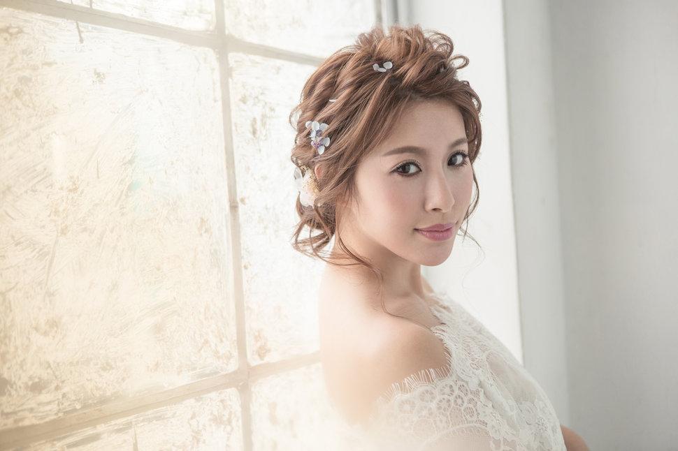 【純真精靈】低髻造型/純淨妝感-19 - iling彩妝造型 - 結婚吧