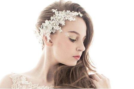 【輕蕾絲簍空婚紗】新娘秘書作品/浪漫微捲髮型/立體新娘妝容/新娘秘書作品