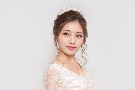 【宮廷王妃】進場氣勢造型/王妃皇冠/媚眼妝容/新娘秘書/新娘造型作品