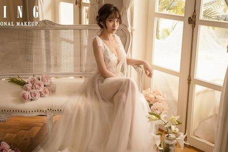 輕奢小女人婚紗」輕奢華麗妝感