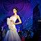 佈滿法國蕾絲精製水晶珠的改良式魚尾白紗