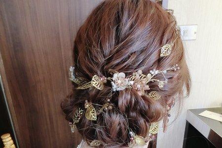 歐式浪漫低盤髮