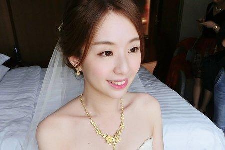 甜美浪漫氣質盤髮