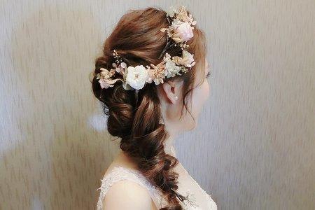 優雅低盤髮+浪漫花仙子