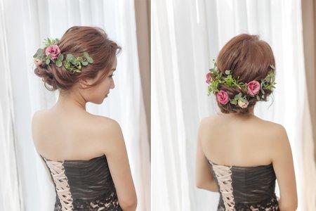 [新娘髮型] 深色禮服也能搭配的人氣鮮花新娘髮型