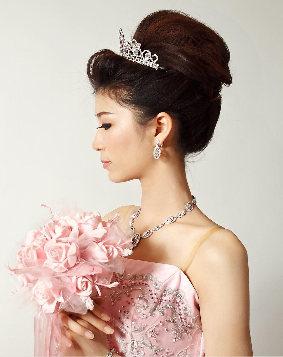 南臺灣新娘秘書韓式(噴槍)新秘團隊(編號:205669) - 若言造型團隊-噴槍底妝/陶瓷妝感 - 結婚吧
