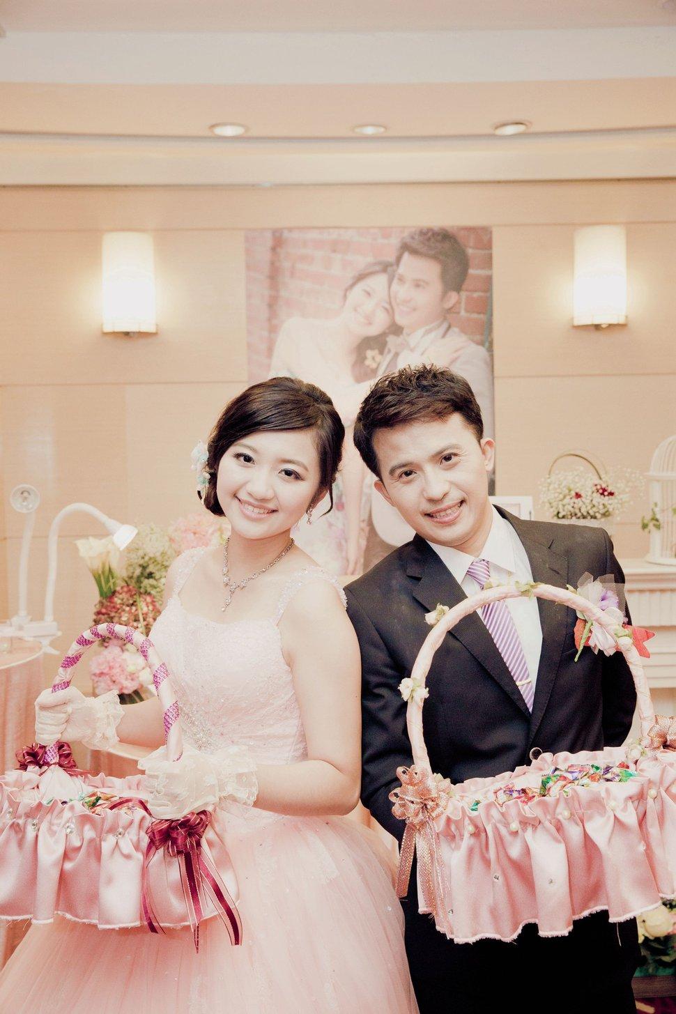 南臺灣新娘秘書韓式(噴槍)新秘團隊(編號:289824) - 若言造型團隊-噴槍底妝/陶瓷妝感 - 結婚吧