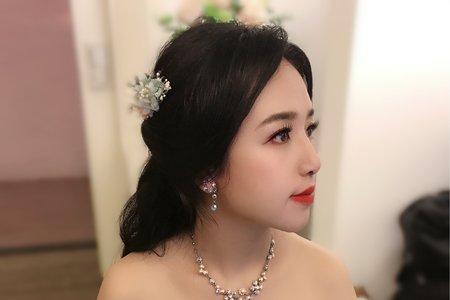 12/15台北花卉村婚宴日幫您Bonnie make up
