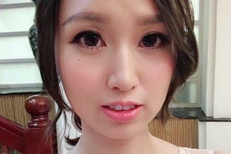 台中新秘Nisi 大眼娃娃公主系列 結婚造型/結婚髮型/結婚妝髮/新娘造型