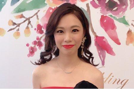 台中新秘Nisi 曼谷小公主 訂婚造型/訂婚妝髮/訂婚髮型/新娘妝髮/新娘髮型