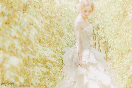 來自挪威的女神-婚紗梳化