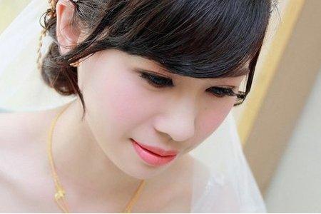 結婚迎娶那一天,想要那一種新娘髮型♥精萃白紗迎娶包頭♥做個幸福的新嫁娘
