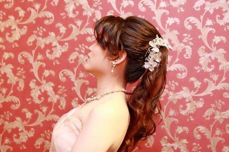 方型臉女孩適合的新娘髮型❤