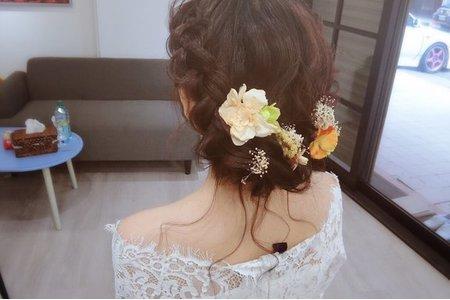 Nina 編髮