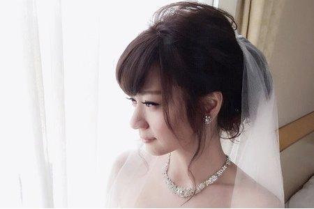 新娘美君-清新、氣質、高雅造型