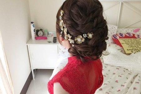 新娘曉慈-俏麗甜美、浪漫長髮