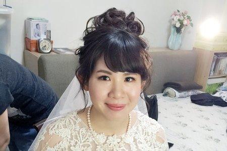 新娘恆恩-日系拉絲高包、中式服裝編髮低包、鬆長捲髮