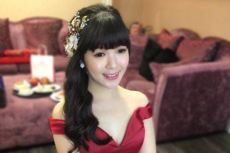 新娘柯琇 甜美公主 訂結婚宴客