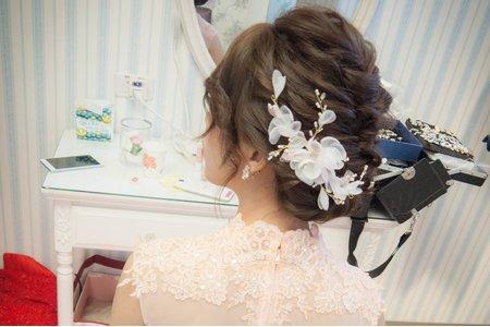Bride 奕辰婚宴造型