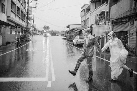 ▊台中婚紗/雨中別景/ 偉奇 & 怡華▊